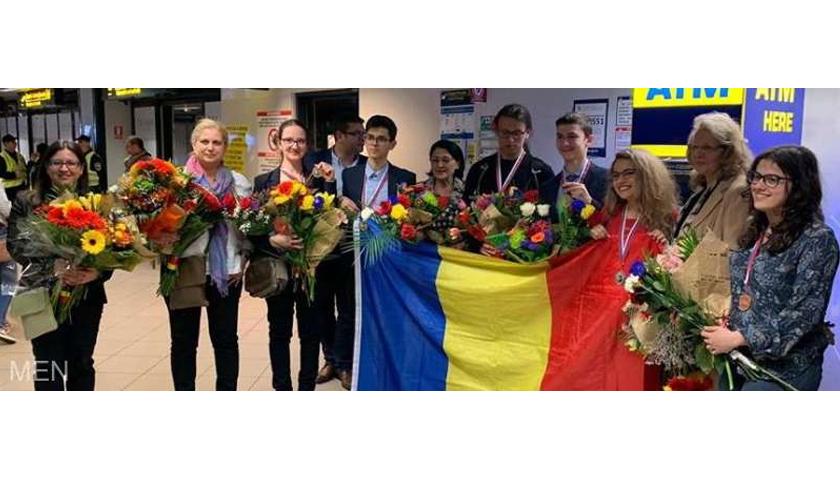 Elevii români au cucerit şase medalii la Olimpiada Internaţională de Chimie