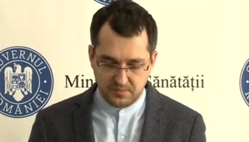 Iohannis a semnat decretul de revocare din funcția de membru al Guvernului a lui Vlad Voiculescu